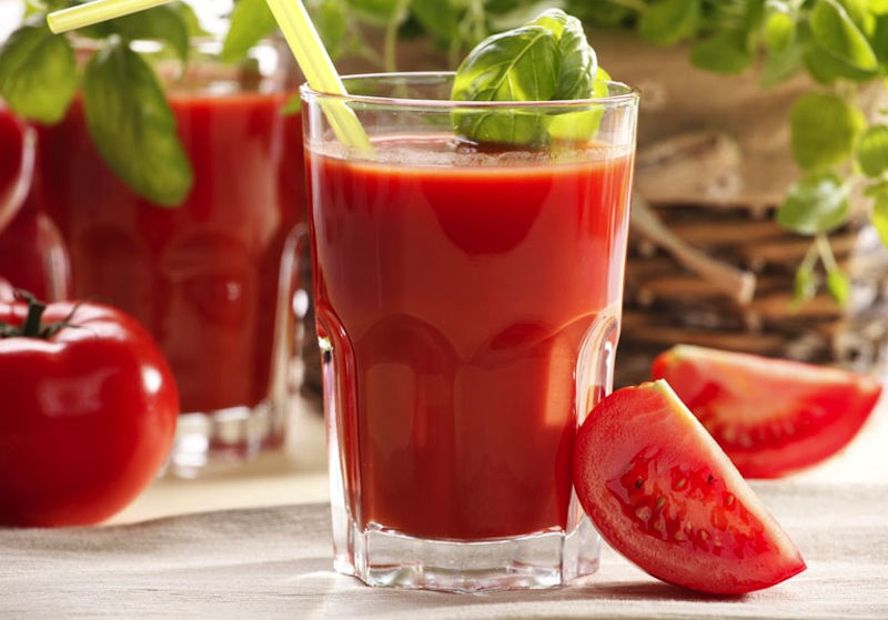 tomato juice protects  prostate cancer